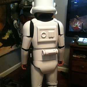 sons stormtrooper back view