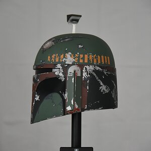 Master Replicas Boba Fett helmet left side